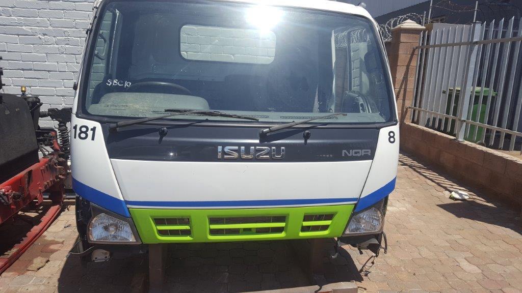 ISUZU NQR 500 DAY CAB