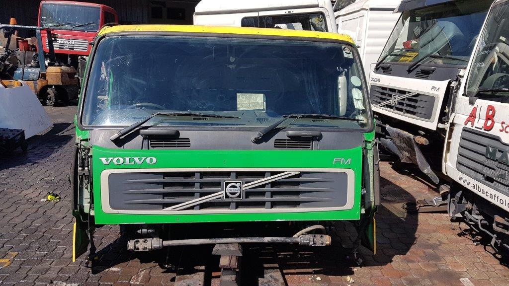 VOLVO FM12 V2 SLEEPER CAB