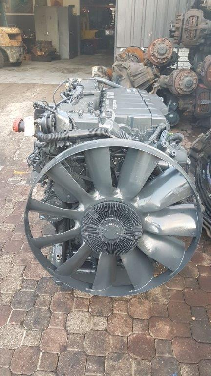 MAN D20 COMMON RAIL ENGINE